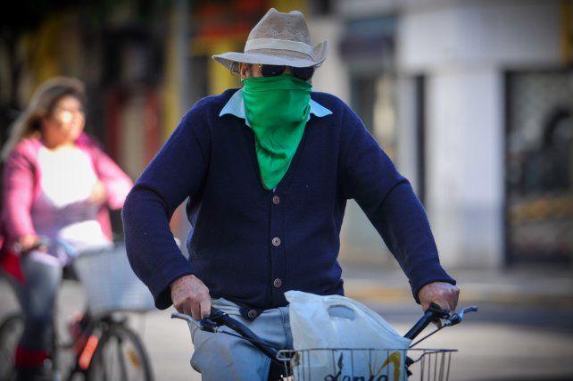 Por economía o salud, cada vez más rosarinos usan la bicicleta para ir a trabajar