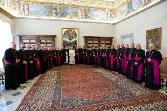 El Papa les dijo a los  obispos argentinos que quiere venir al país