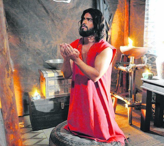 ¿Otro fenómeno? El actor Sidney Sampaio encarna a Josué en la TV.