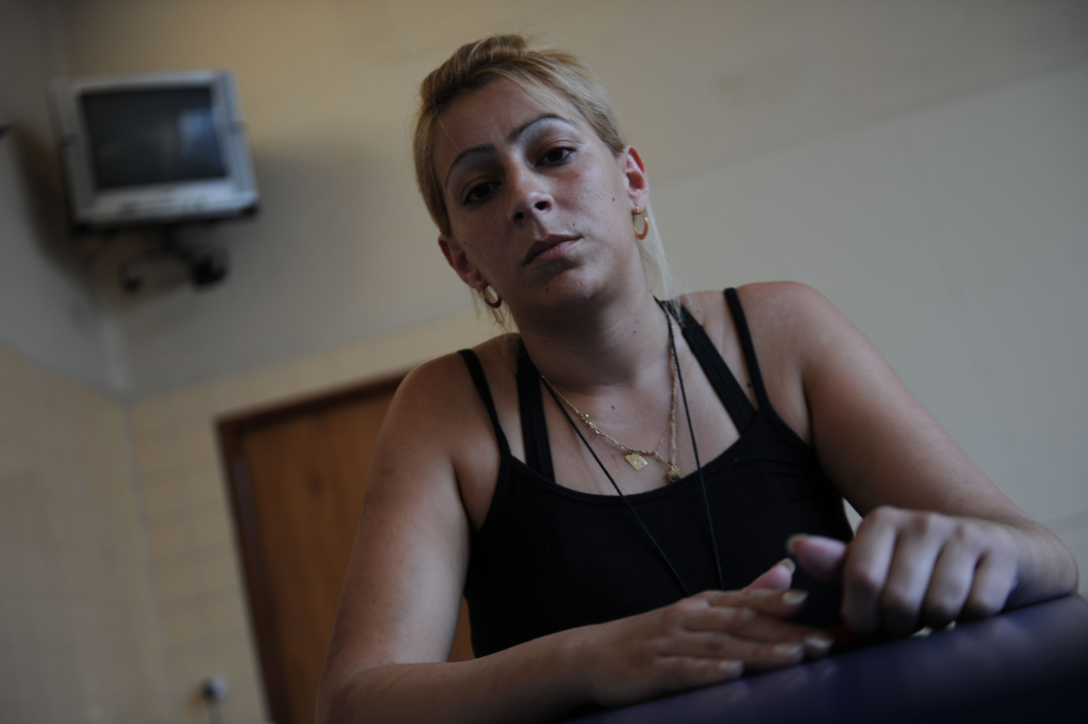 Cansada. Yolanda Arredondo se siente perseguida por la policía. (F.Guillén)