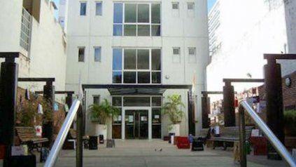 La Biblioteca Argentina abre sus puertas de lunes a viernes, de 10 a 12 y de 15 a 18.