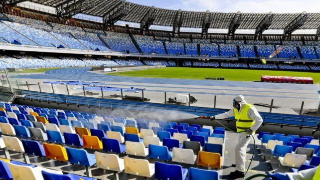 "De Siervo puso como ejemplo la final de la Supercopa de Europa en el Puskas Arena de Budapest. ""Se admitió a 16.000 espectadores"