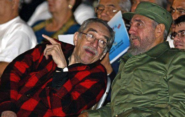 García Márquez junto a Fidel Castro en 2002