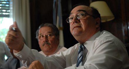 La provincia anunció fuertes subas para los servicios de luz y agua