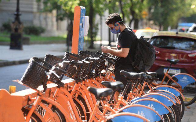 El sistema de bicicletas públicas cuenta con 58 estaciones que se encuentran distribuidas en el área central.