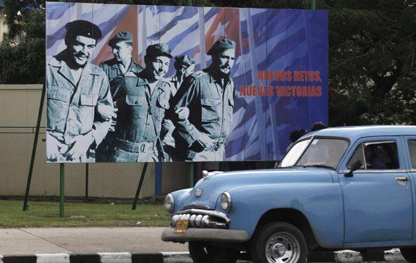 Cambio. La muestra de la universidad de la Florida reveló que más cubanos apoyan negociar con La Habana.
