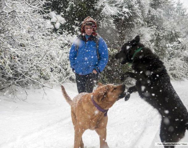 Fuerte nevada entonó la temporada en Bariloche