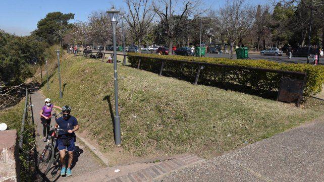 El parque Urquiza. Uno de los espacios ideales para la práctica del ciclismo recreativo.