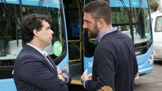 Crítica. Estévez apeló al transporte público para denunciar que el gobierno de Macri desprecia al resto del país.