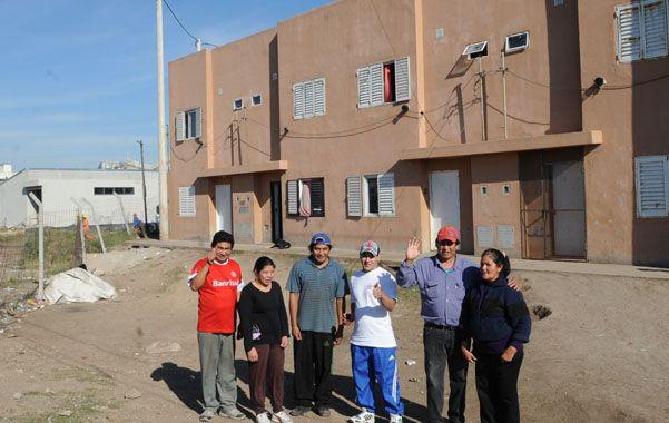 Satisfechos. Los que ya ocuparon las primeras unidades destacan la importancia de acceder a una vivienda digna.