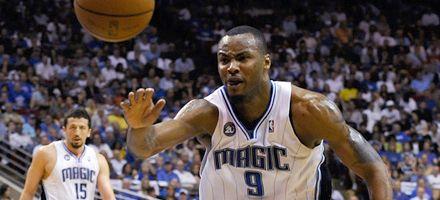 Sancionan por 10 partidos a un jugador de la NBA por consumir testosterona