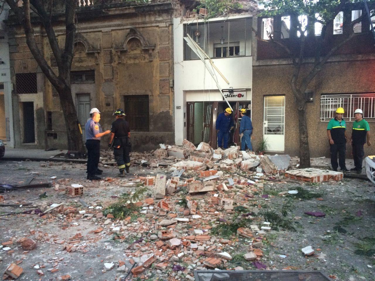 La explosión en el edificio de Balcarce casi Brown provocó daños materiales y cinco heridos.