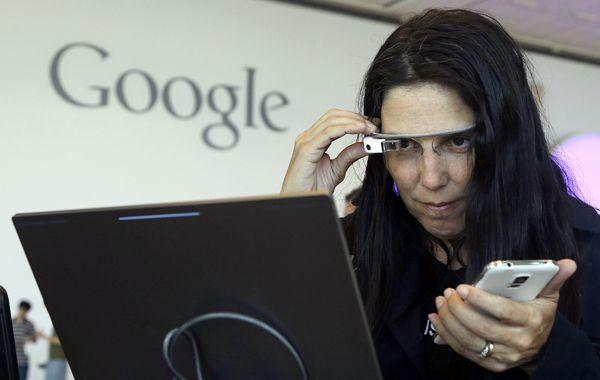Los Google Glass están a la venta en el Reino Unido a un precio de 1.000 libras (unos 1.700 dólares).