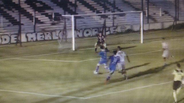 Argentino se puso en ventaja con gol de Sosa a los 61