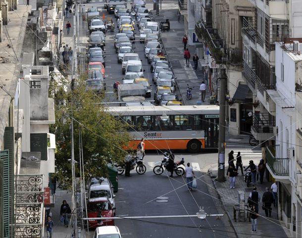 Amigos del riel piden primero definir los ejes principales de la movilidad de la ciudad. (Foto: E. Rodríguez Moreno)