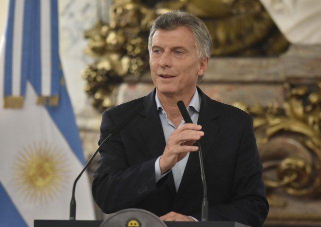 Macri quiere una revolución aerocomercial para duplicar la cantidad de pasajeros
