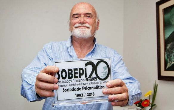 Director. Sociedad Brasilera de Investigación de la Infancia y la Adolescencia con sede en Río.