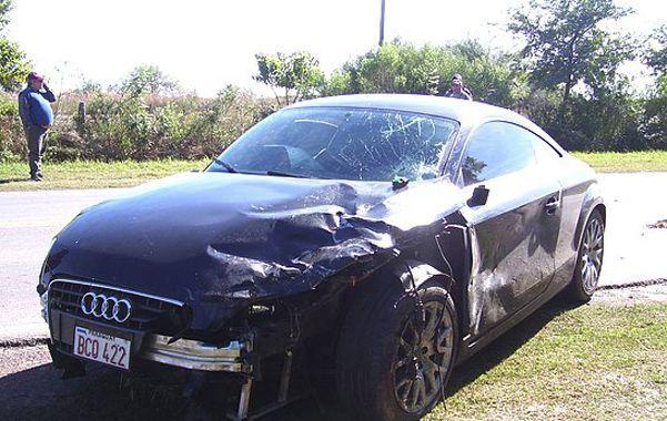 El auto. Fabbro atropelló a Mónica Deppeller y a su hijito Daniel. La mujer perdió la vida en el acto.