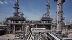 La ex Electroclor. La planta de la Petroquímica Bermúdez se halla en Capitán Bermúdez, sobre el río Paraná, a 5 kilómetros del límite con el departamento Rosario.