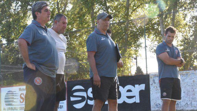 Cuerpo técnico. Para el entrenador Marcelo Vaquero el torneo de la Primera C será como un mundial.