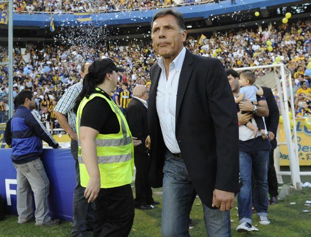 Lazzarini: No vemos bien extender el contrato de Russo hasta 2016. ¿Y si no logra los resultados que esperamos?. (Foto archivo: S.S.Meccia)