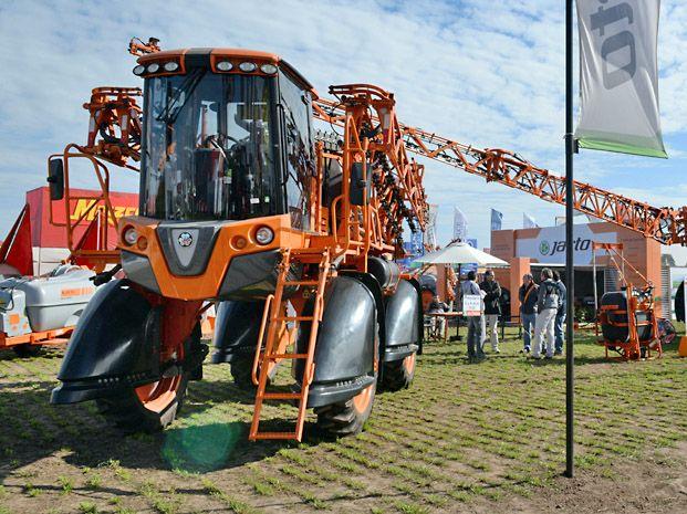 Fierros de exportación. La maquinaria agrícola tiene demanda.