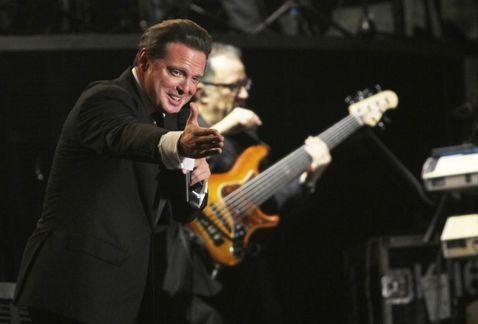 El cantante mexicano no se presentó el sábado en un show que debía dar en Yucatán.