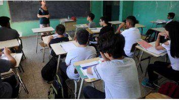 Suspendieron la designación de cargos docentes sin concurso