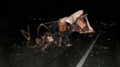 El joven denunciado por intento de violación chocó al volante de una Traffic contra un camión chocaron en la ruta 3, al norte de Puerto Madryn.