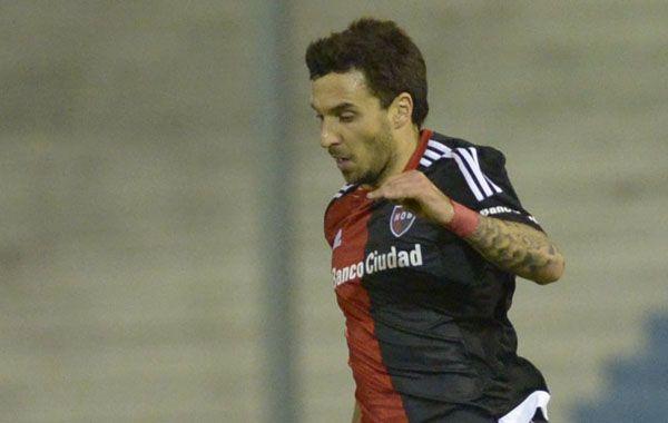 Scocco fue reemplazado por el defensor Coty Fernández.