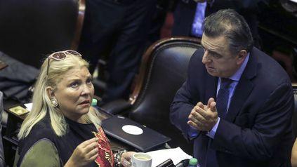 Carrió y Negri cuestionaron al oficialismo.