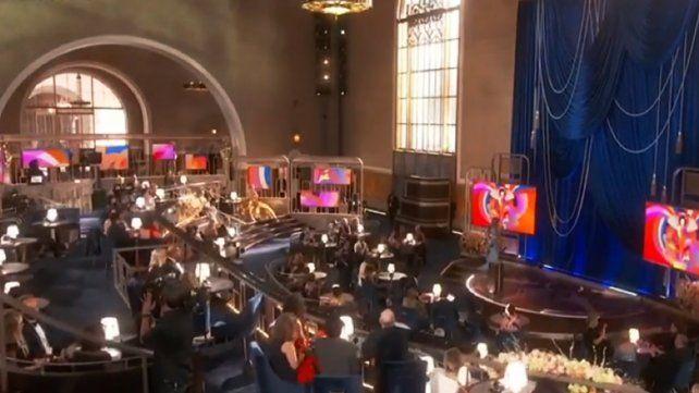 Nomadland se llevó el Oscar a mejor película, directora y actriz