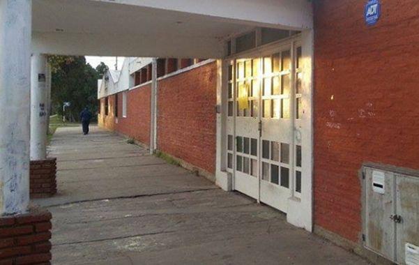 La 550 está ubicada en Catamarca 1093 y sus autoridades vienen siendo objeto de quejas y denuncias.