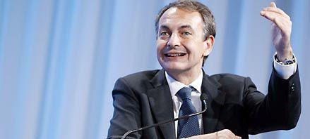 Zapatero debió presentar un severo plan de ajuste para bajar el déficit