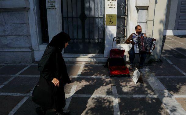 Horas clave. Los griegos deberán soportar más penurias si se aprueba la propuesta de la eurozona.