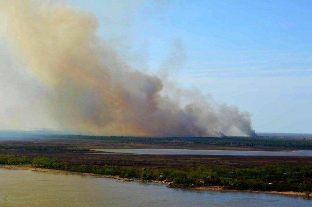 Los incendios en las islas son un problema constante en el ambiente desde febrero.