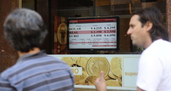 La city rosarina tuvo pocas operaciones por los controles a la comercialización de divisas