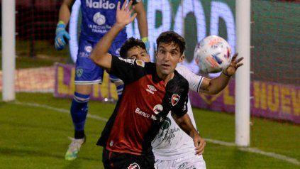 Llano jugó en Newell's 16 partidos desde su debut hace seis meses.