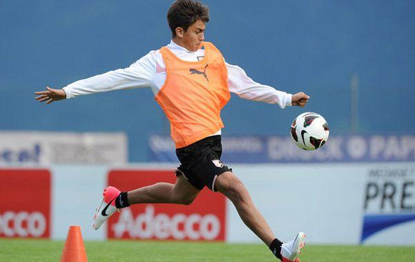 Hubo un contacto desde el club con el entorno del jugador de Palermo para hacerle saber el interés rojinegro.