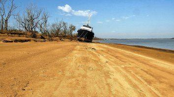 Rosario. Las extremas condiciones que deja la bajante del Río Paraná afectarán distintas actividades a lo largo del país, situación que se extenderá hasta fin de año como mínimo, según el Instituto Nacional del Agua.