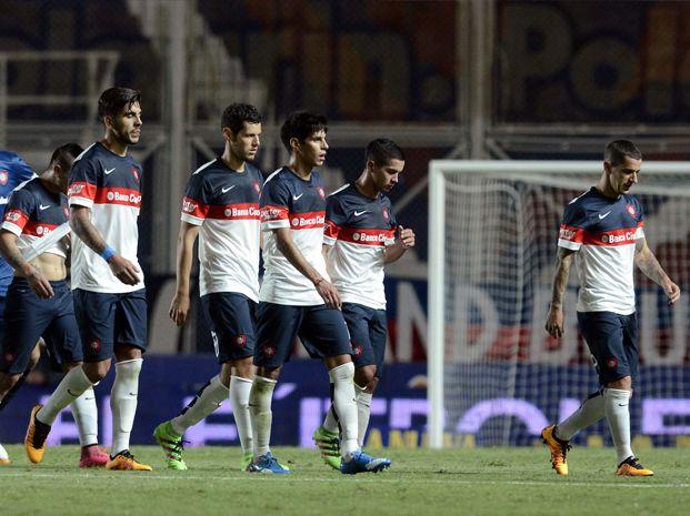 San Lorenzo cayó como local frente a Arsenal y desperdició su chance de subirse a la punta de la zona 1.