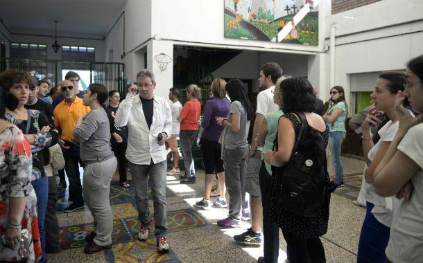 Los santafesinos van a las urnas en elecciones primarias abiertas y simultáneas.