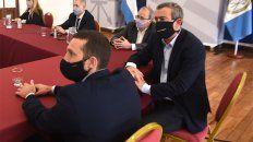 El intendente Pablo Javkin durante la reunión sobre seguridad realizada este jueves.