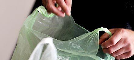 Avanza en el sur de la provincia la cruzada contra las bolsas plásticas