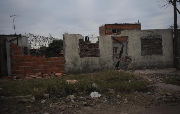 Demolido. Así se veía ayer a la mañana la construcción de José Ingenieros 68