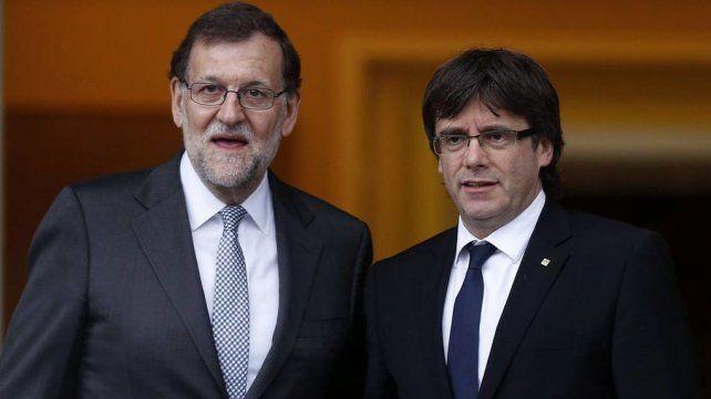 Rajoy y Puigdemont ya parecen considerar una intervención como inevitable