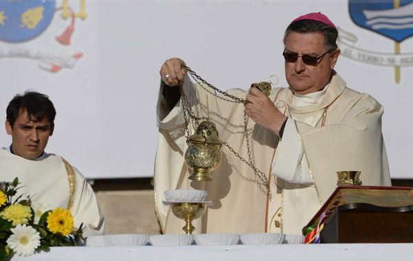 Ceremonia. Martín asumió con una ceremonia en el Monumento.
