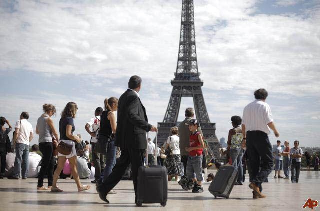 Un turista es considerado internacional cuando duerme al menos una noche en el extranjero.