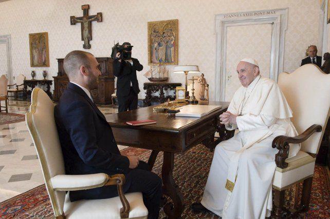 El ministro Guzmán se reunió con el Papa Francisco durante su visita a Roma.