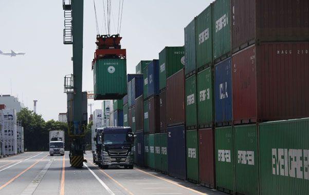 Comercio. Argentina registra un saldo positivo con sus socios del Mercosur y un déficit con la UE y el Nafta.